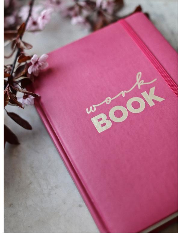 Workbook różowy
